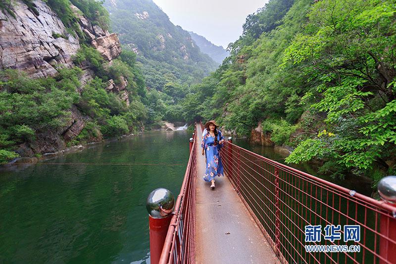 蓟县八仙山风景区雨后水景迷人