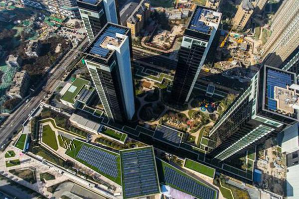 保定英利因能家用商用光伏电站:引领绿色能源发展新方式--天津频道--人民网