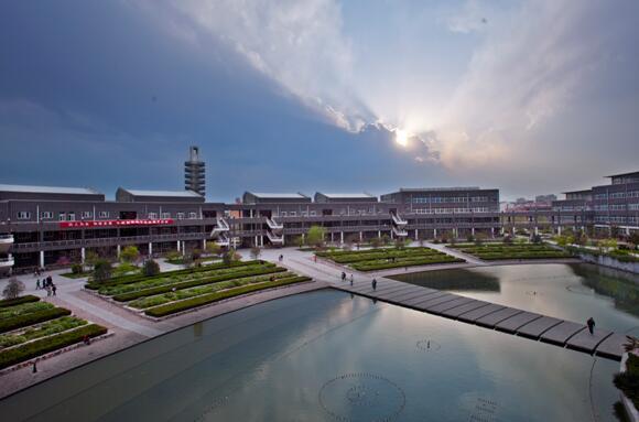 抓内涵建设 走特色之路——邯郸学院品牌发展战略及实施
