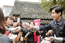 乔振宇做公益大使加盟《我们在行动》