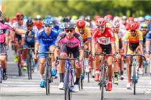 第九届环太湖国际公路自行车赛鸣枪