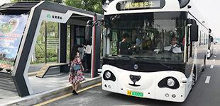 天津首批智能公交车在生态城投入运营